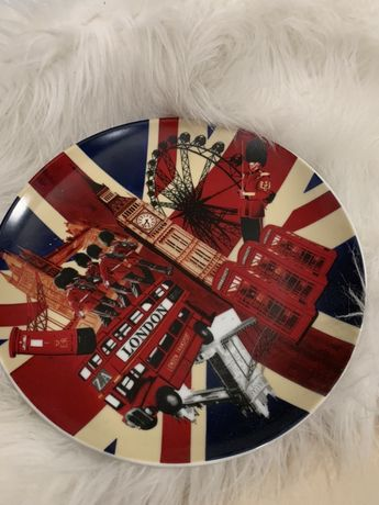Сувенирна чиния Лондон