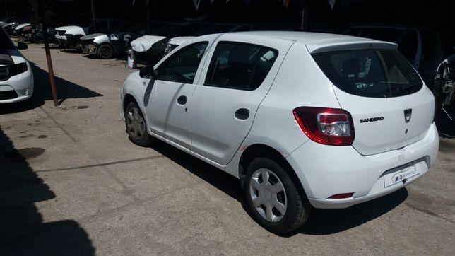 Dacia sandero 2014 1.2 16 v alb piese din dezmembrari
