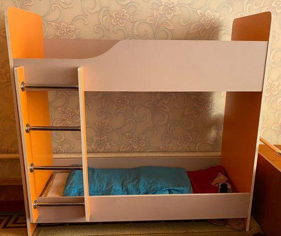 Кровать 15000 шкаф 30000 жагдайы жаксы коп колданбаган балаларг жаксы