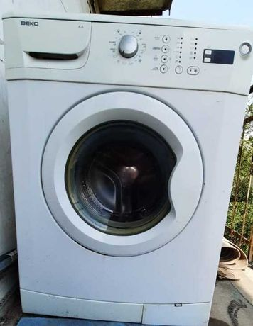 Машинка стиральная Б/У, марка BEKO