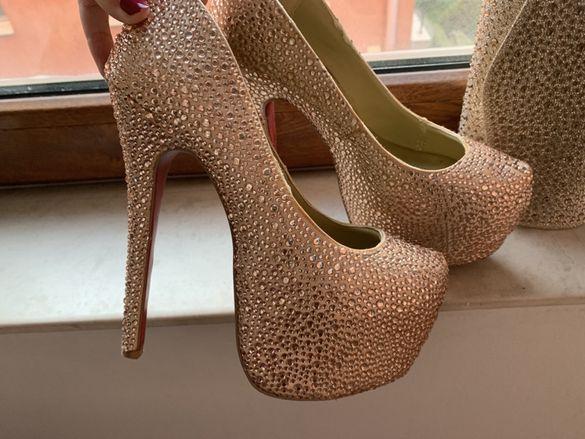 Обувки висок ток камъни токчета бална бални чанта клъч louboutin