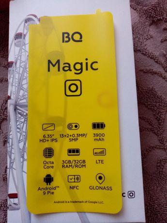 Продам смартфон BQ Magic 6424 L