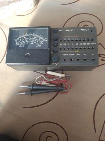 Продам тестор , цешку , мультиметр времен СССР , в рабочем состоянии .