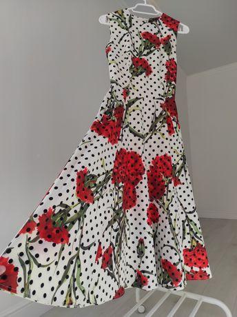 Платье в стиле Dolce&Gabanna