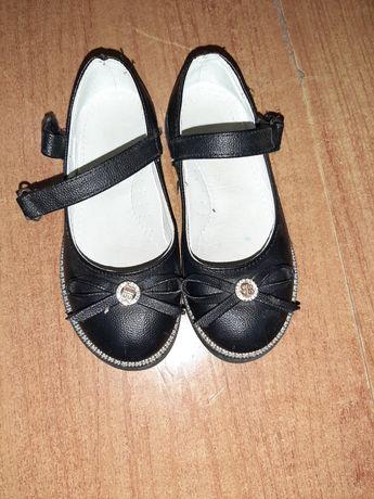 Туфли для школы почти новые