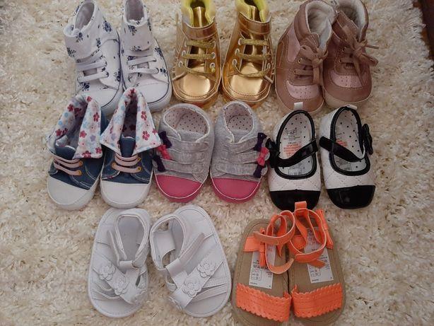 Papuci fetita noi, 6-12/12-18 luni, F&F+altele