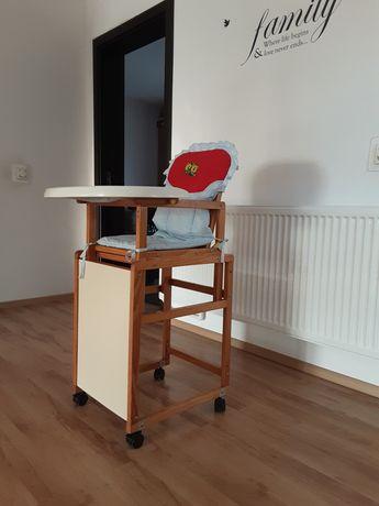 Vand măsuță cu scaunel de copii/bebe impecabila (pt mâncat si desenat)