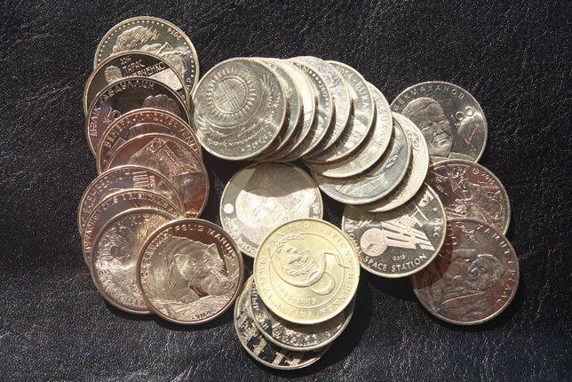 Памятные и юбилейные монеты Казахстан Евро (нейзильбер)