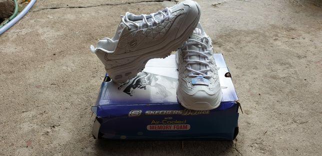 Pantofi Skechers dama 40