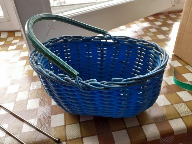 Корзиночка плетёная пластиковая