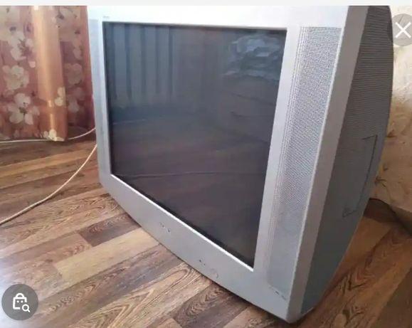 Продам  большой неубиваемый телевизор есть доставка