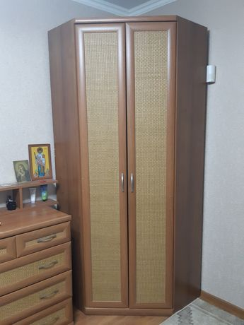 Продам шкаф+комод