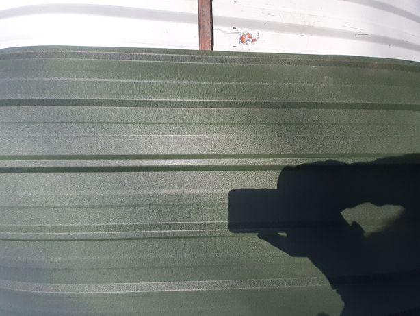 Tablă cutata colorate de gard și acoperiș
