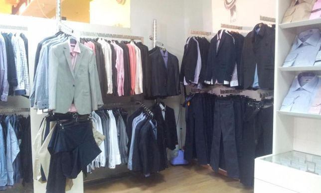 Mobilier inox magazin haine