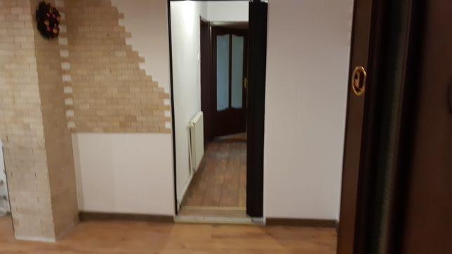Vand/Schimb Apartament 4 Camere