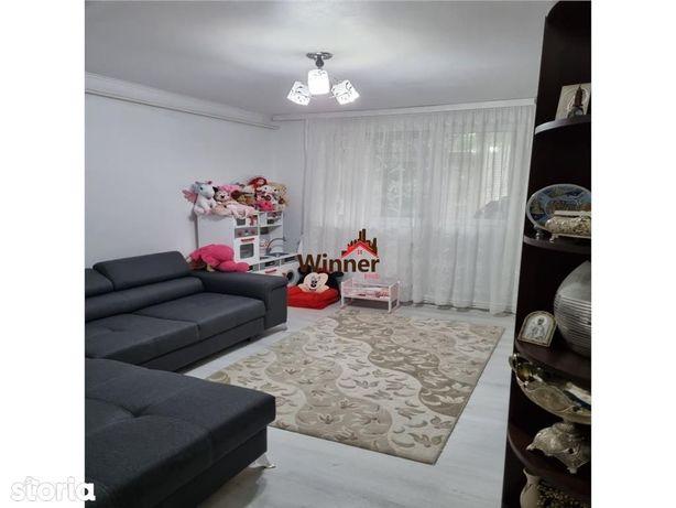 Vanzare Apartament 3 Camere Micro 14