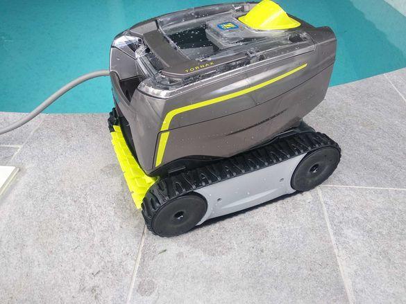 Робот за почистване