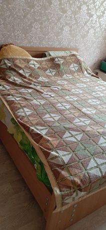Продам двухспальную кровать б/у в хорошем срстрянии