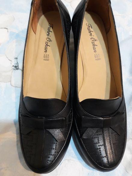 Дамски обувки - нови- 3 модела
