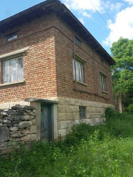 Под наем къща в с. Широково
