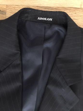 Костюм с подарък вратовръзки