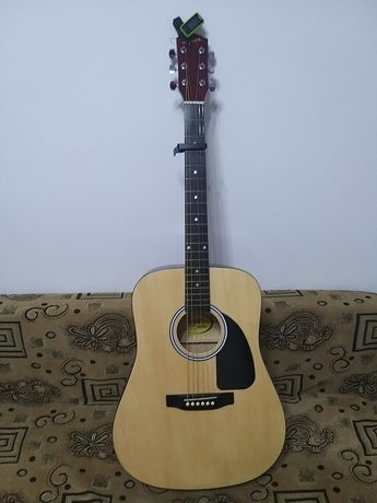 Продам шести струйную гитару fender в отличном состоянии