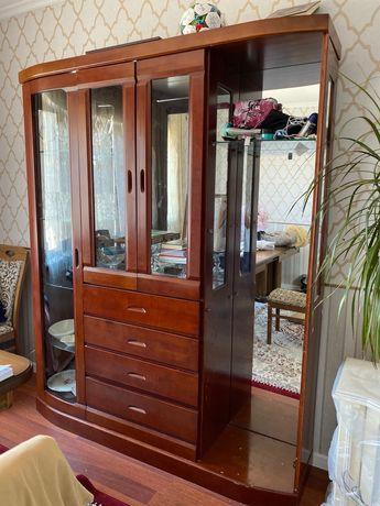 Шкаф-Витрина в гостиную