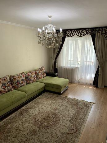 Продам 2-х комнатную квартиру в центре города Сауран 5