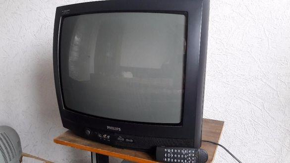 Лот телевизор Philips, Aiwa, Totanic и стойка за стена за 14 инча