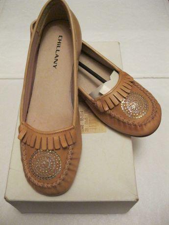 Новые кожаные туфли-балетки дешево!