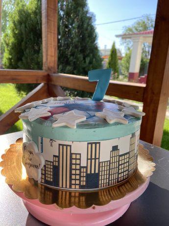 Тематические торты. 4000/кг