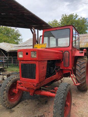 Vând tractor u650