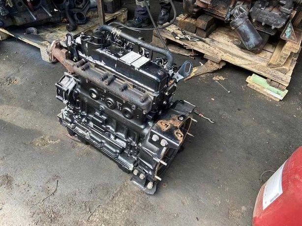 Motor Yanmar TK428E