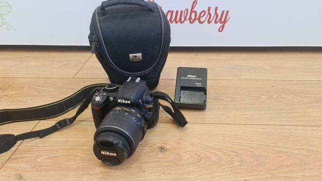 Зеркальный фотоаппарат Nikon D3100 в отличном состоянии
