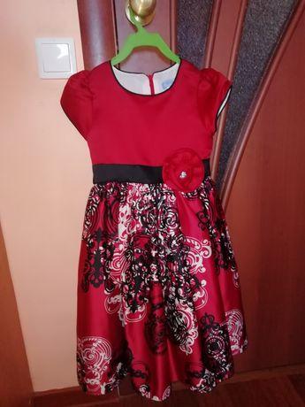 Продам нарядные платья 5-6 лет.