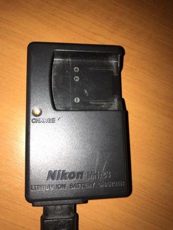 Incarcator acumulator Nikon MH 63 in stare excelenta