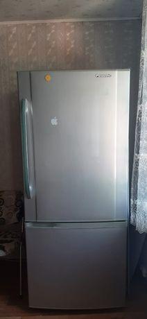 Холодильник Panasonic NR-651BR-N4