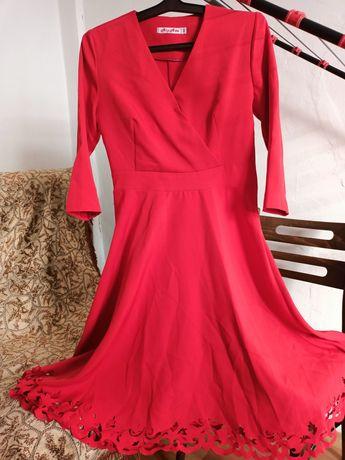 Платье одевала 1раз