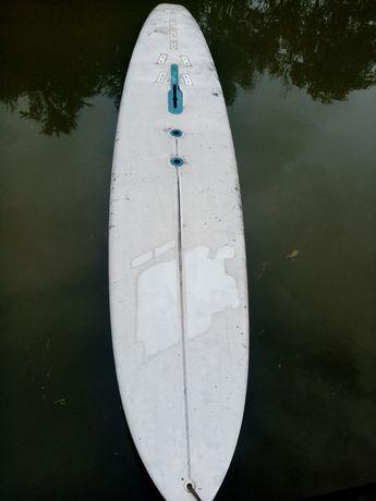 Surfing schimb cu motoraș de barca
