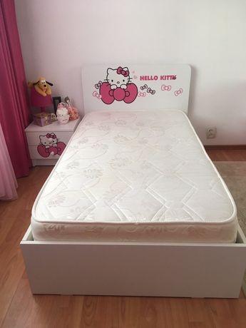 Dormitor copii Hello Kitty