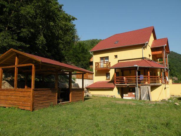Inchiriez cabana (vila) in Moara de Padure (Baisoara)