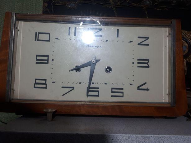 Продам советский часы маяк