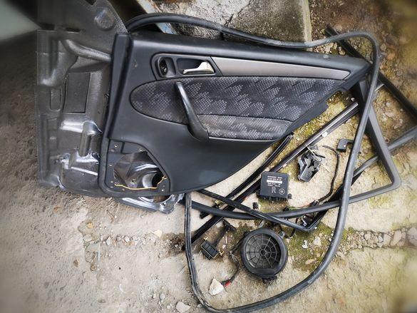 Задна дясна Mercedes c200