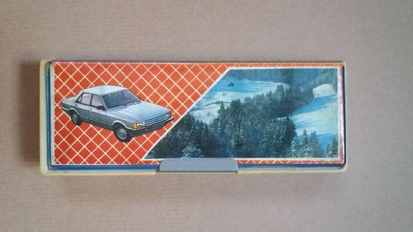 Ученическа ретро кутия за моливи, химикалки и т.н. от 80-те години