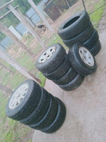 Продам 3 комплекта шин