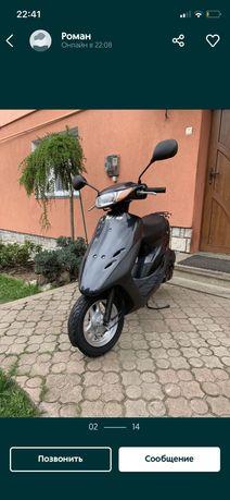 Продам скутер в отличном состоянии Honda dio 34