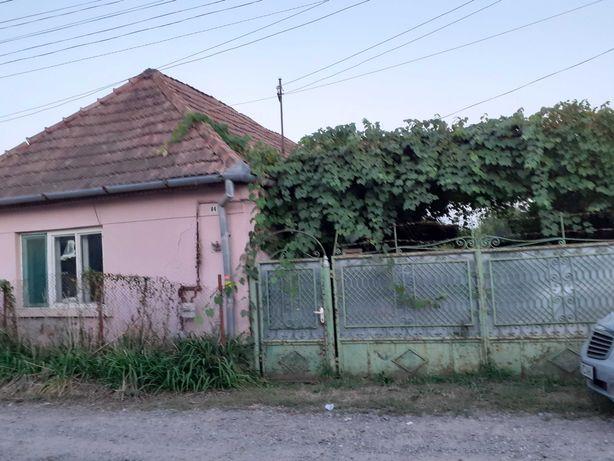 Casă în comuna Glodeni, la 16 km de Târgu Mureş