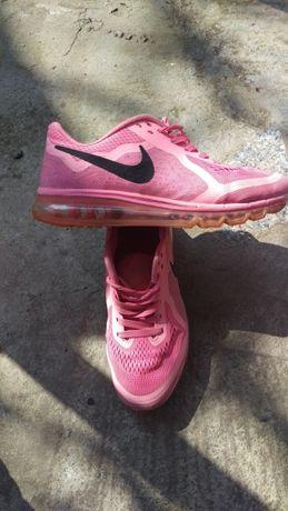 Adidasi nike airmax roz