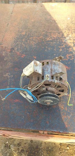 Motor electric pentru mașină de spălat