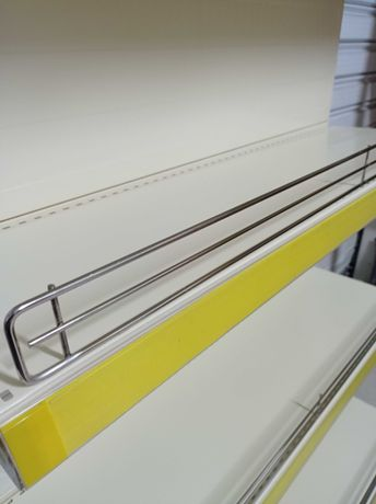 Ограничител за метален рафт /хромиран/ с дължина 1,00м.